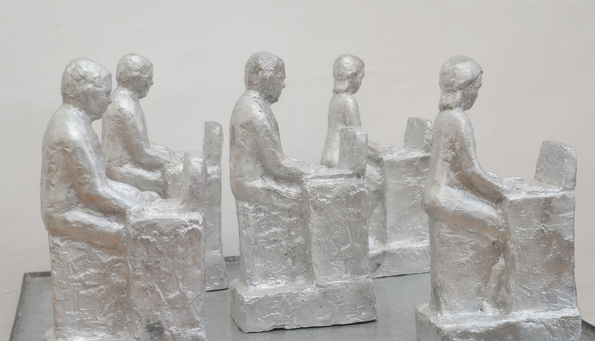 Office workers sculptures made of aluminium